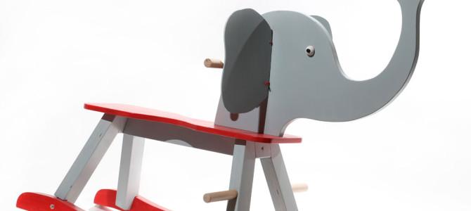 Elefante a dondolo